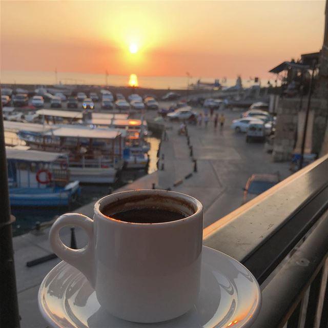 لو حكينا بالسعادة شوفتك اجمل حكاية.... ☕️🌅 .... ramramcoffee ... (Byblos - جبیل)