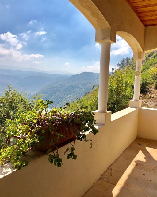 50% of Lebanese lifestyle is on one's terrace or balcony, with a view of... (Debbiyé, Mont-Liban, Lebanon)