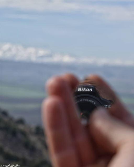 ان حياتنا لا تعدو سوى ان تكون سلسلة من اللحظات، ان خسرت هذه اللحظات... ستخس (Beqaa Valley)