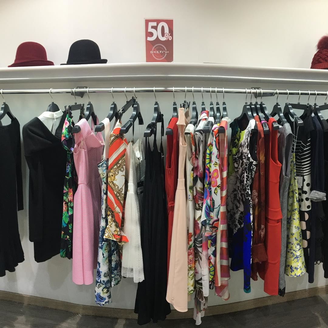 Last few days on Sale!DailySketchLook 427 shopping italian boutique ... (El Mtaïleb, Mont-Liban, Lebanon)