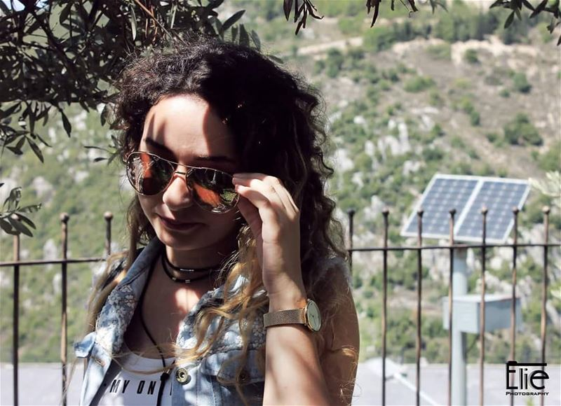 lebanon 2018 photoshoot photography glasses curlyhair ...