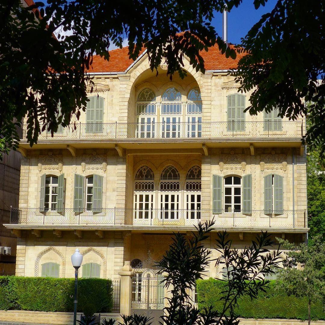 A house with a soul..... zahle livelovezahleh architecture ... (Zahlé, Lebanon)