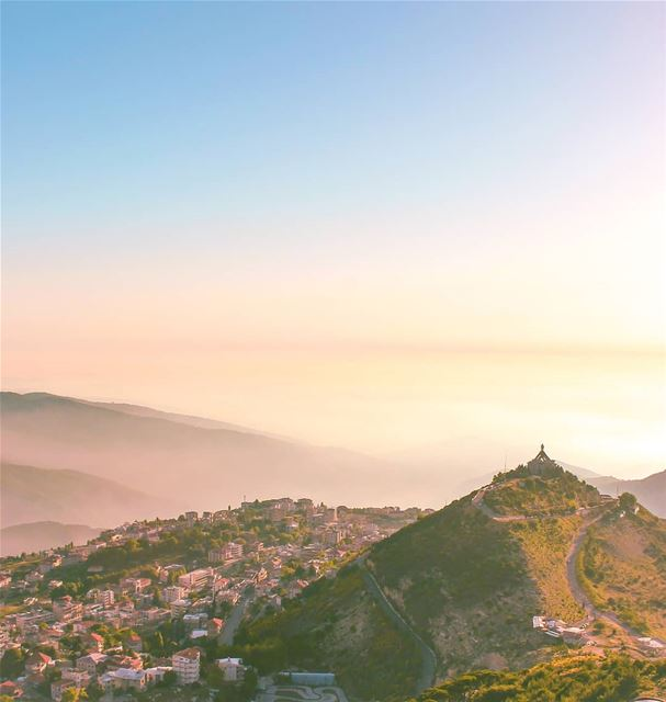 Rise above Ehden🙆♂️ ... (Ehden, Lebanon)