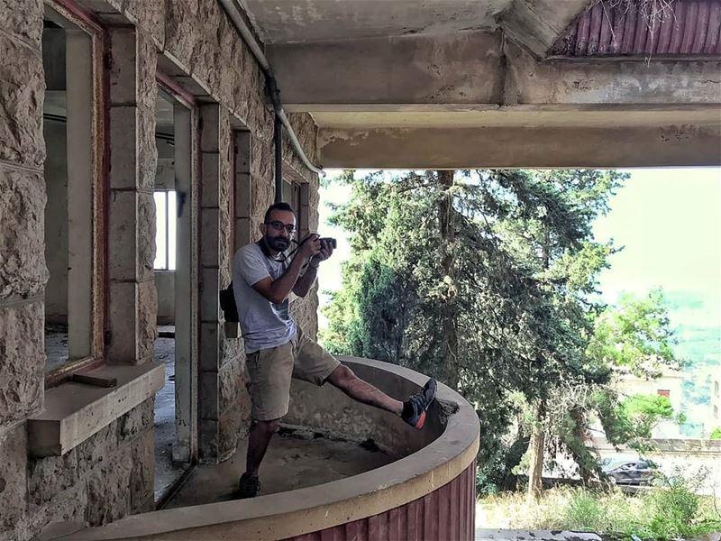 @ugly.beirut (me) in action leburbex beirut lebanon uglybeirut ... (Bikfaïya, Mont-Liban, Lebanon)