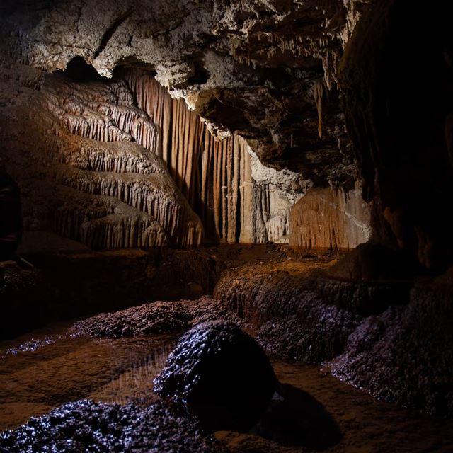 Pristine cave formations lebanon ...
