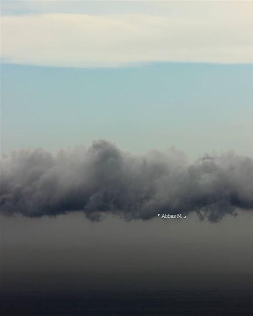 My favorite theme of shots 😍 1... sky instagramanet cloudchasing ... (Bchamoun, Mont-Liban, Lebanon)