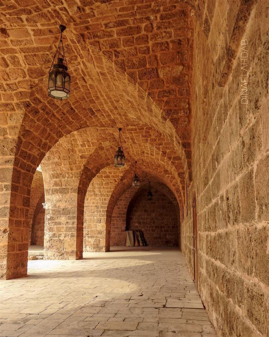 كلنا نجلس بين الظل والضوء__________________________________ architecture... (Tripoli, Lebanon)