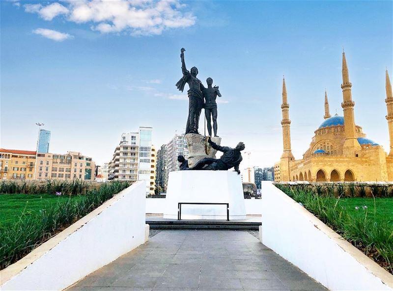 كلمة حلوة وكلمتين، حلوة يا بلدي••• lebanon beirut lebanese ... (Beirut, Lebanon)