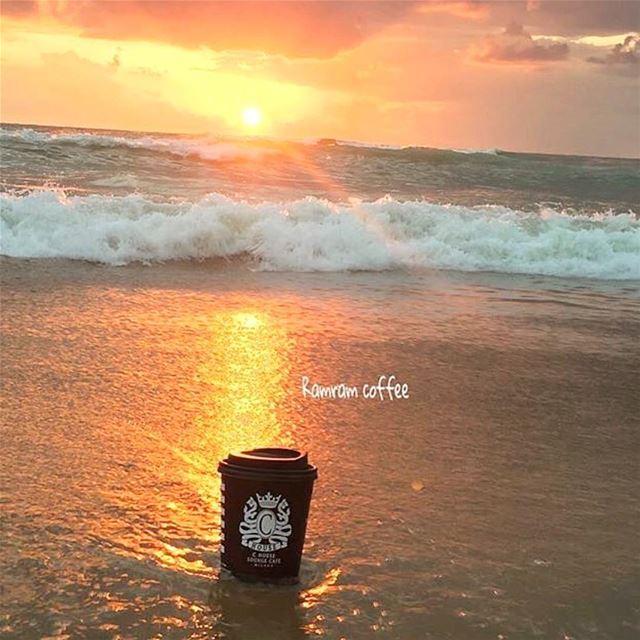 الحنين هواشتياقك ل قطعة من روحك في مكان اخر...... ramramcoffee ...