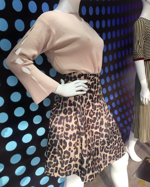 Leopard print on skirt with plain light color sweater👌DailySketchLook... (Er Râbié, Mont-Liban, Lebanon)