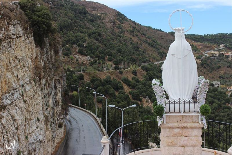 She's always waiting for us, to welcome us and wishes us a safe trip.... (The Lady of Maabour - Jezzine)