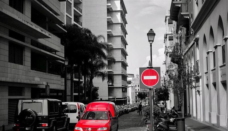 ⛔️ A calm day in Beirut city ! 🚗 ————————————•Fujifilm 📷Sleiman Khoury©️ (Beirut, Lebanon)