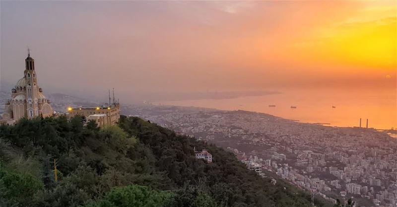 goodmorninglebanon morning nature like beautiful sunrise sky love ... (Harîssa, Mont-Liban, Lebanon)