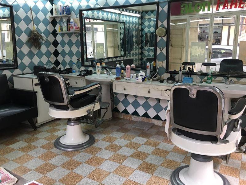 Inside Tripoli's perfectly preserved 1970s barbershop 😍 ⠀⠀⠀⠀⠀⠀⠀⠀⠀⠀⠀⠀ ⠀⠀⠀ (Tripoli, Lebanon)