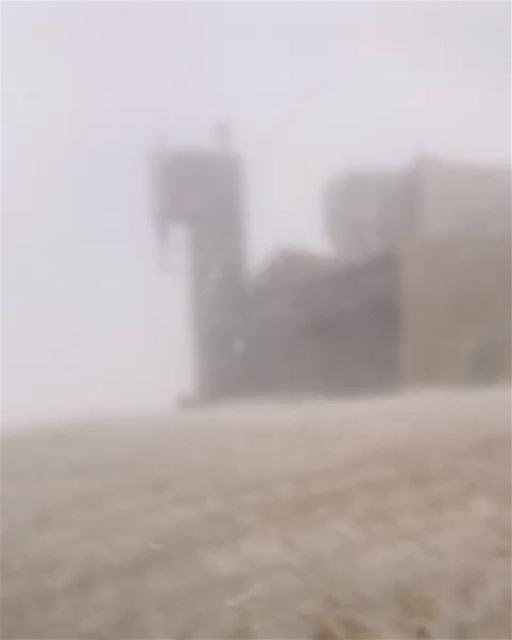 منذ قليل: من قمّة المزار كفردبيان ❄ وصول هايغ مليكيان وجورج نخله إلى إرت (Faqra Kfardebian)