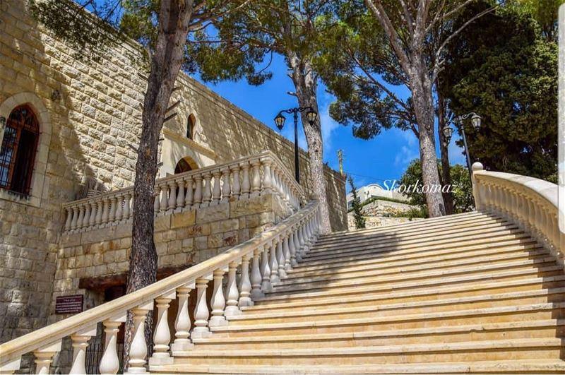 batroun jrabta village البترون_سفرة saint rafqa monastery ... (St Rafqa-Jrebta)