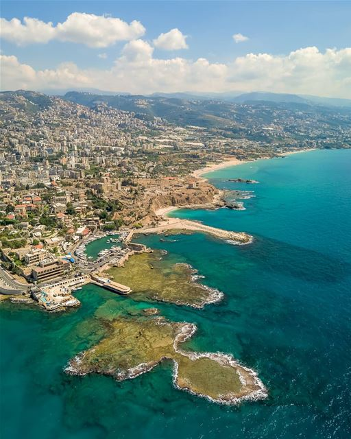 Sometimes we have to take a step back and look at the big picture in order... (Byblos, Lebanon)