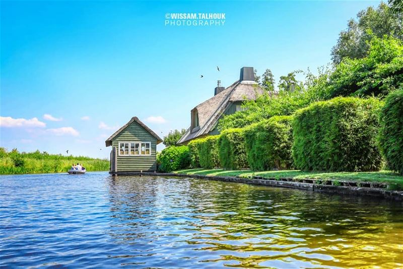 Let's find some beautiful places to get lost... netherlands giethoorn ... (Giethoorn Noord, Overijssel, Netherlands)