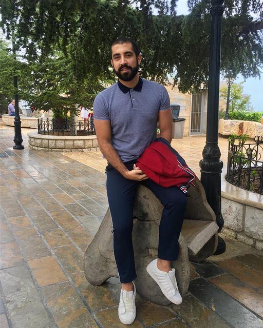 صورة مش عفويّة. ______________________________________ SundayFunday ... (Harîssa, Mont-Liban, Lebanon)