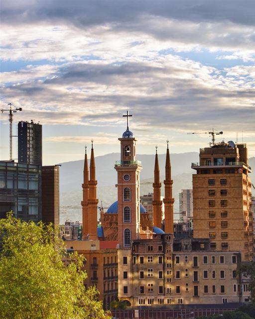 لِ بيروت 🇱🇧🎼♥️💫________________________________________... (Beirut, Lebanon)