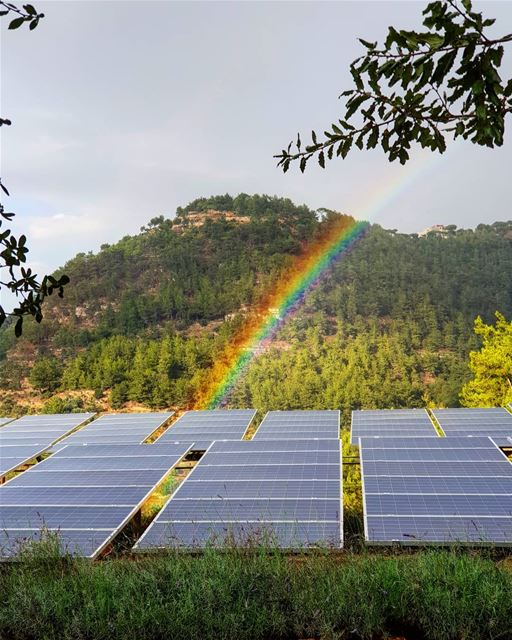 When nature can't make up its mind bkerzay rainbow lebanon liban ... (Bkerzay)