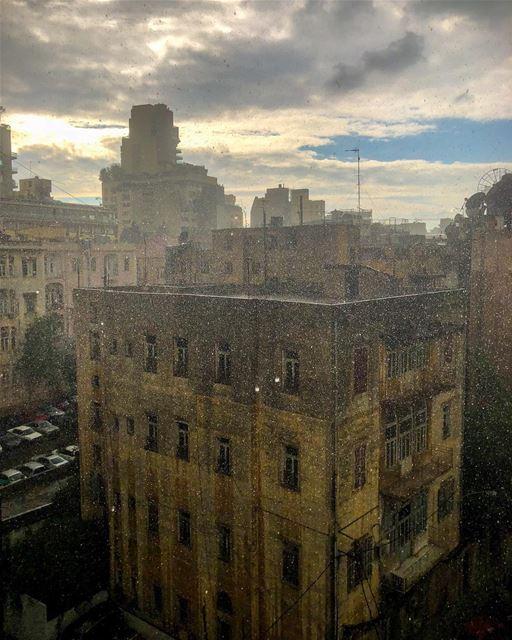 R A I N.......... rain rainydays winter clouds city ...
