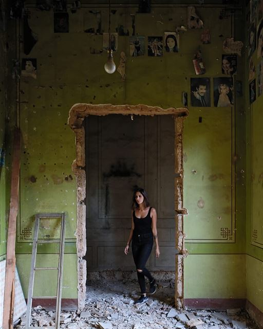 Abandoned green room full of secrets.Photo credit: @jadgghorayeb... (Achrafieh, Lebanon)