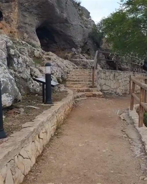 Cana da Galiléia, ou apenas Cana / Qana, é o local onde Jesus supostamente... (Qana, Lebanon)