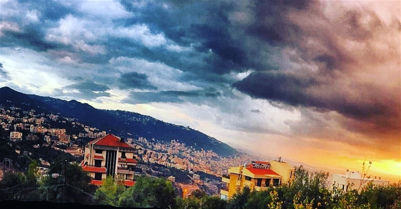 Rain & Sun 🌦....... Lebanon Beirut Liban LiveLoveLebanon ... (Adma, Mont-Liban, Lebanon)