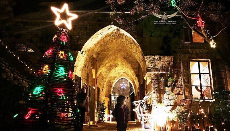 batroun @villaparadisolebanon christmas christmasmarket 22_25 ... (Villa Paradiso Lebanon)