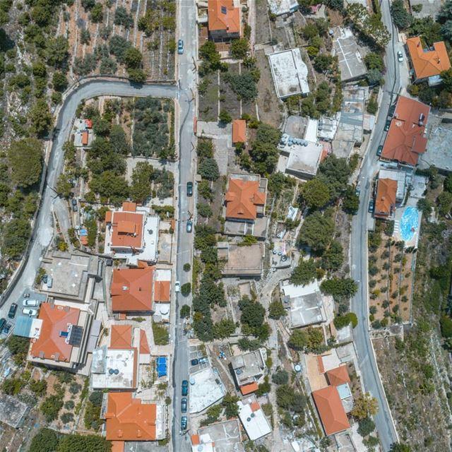 Authentic🏡••• drone dji dronestagram dronephotography drones ... (Dfoûn, Mont-Liban, Lebanon)