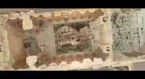 حلم_الأرضمعين شريف و ملحم زين يغنون الاستقلال من قلعة بعلبك Baalbeck ...