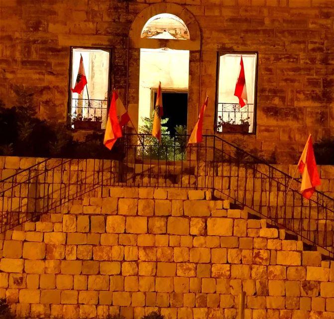 abandonnedhouse old nostalgia independentday lebanonhomes ... (Lebanon)
