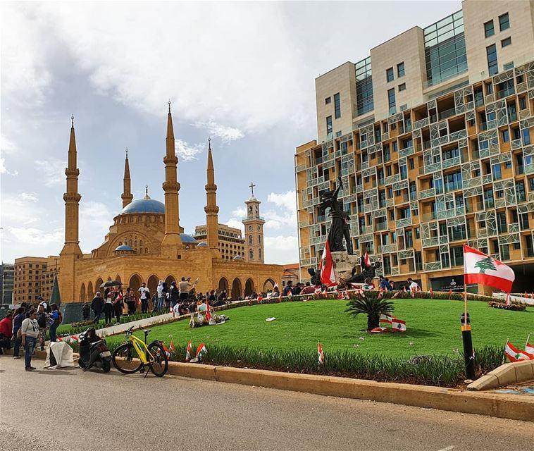 🇱🇧🇱🇧❤❤ independenceday lebaneseflag landscape amazinglebanon ... (Beirut, Lebanon)