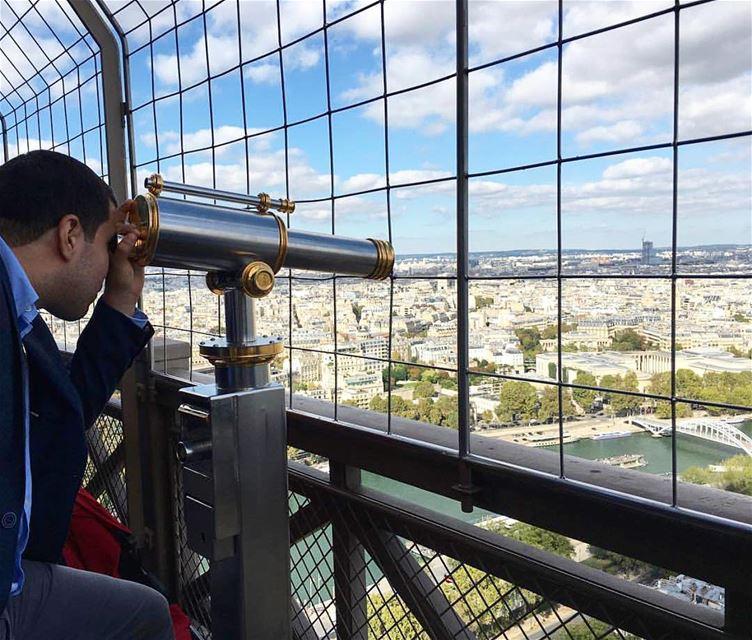 TBT Observando Paris desde la Torre Eiffel. Paris EiffelTower ... (Tour Eiffel)