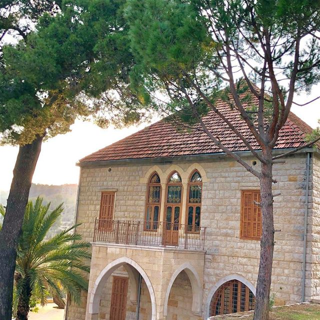Traditional Lebanese family home. estate familyhome lebanesehome ... (Chouf)
