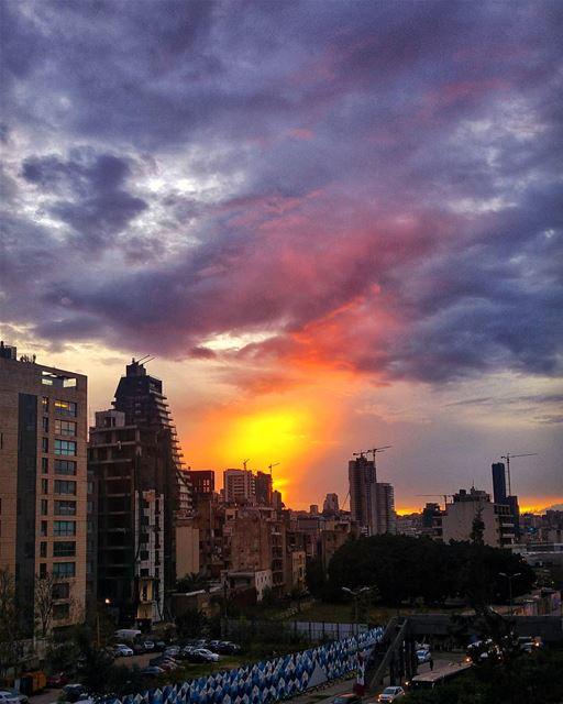Stormy Sunset 😍 beautifuldestinations livelovebeirut livelovelebanon ... (Beirut, Lebanon)