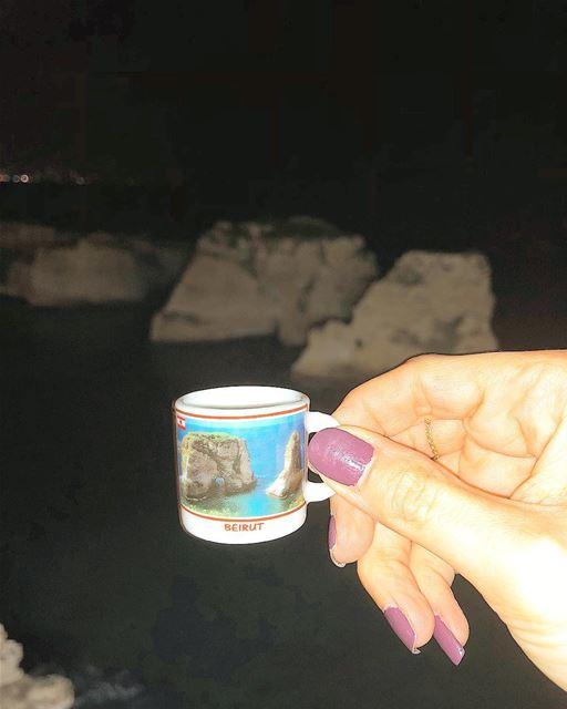 للسماء قمر و لقلبي انت..... ramramcoffee turkishcoffee kahve ... (Beirut- Al Rawsheh)