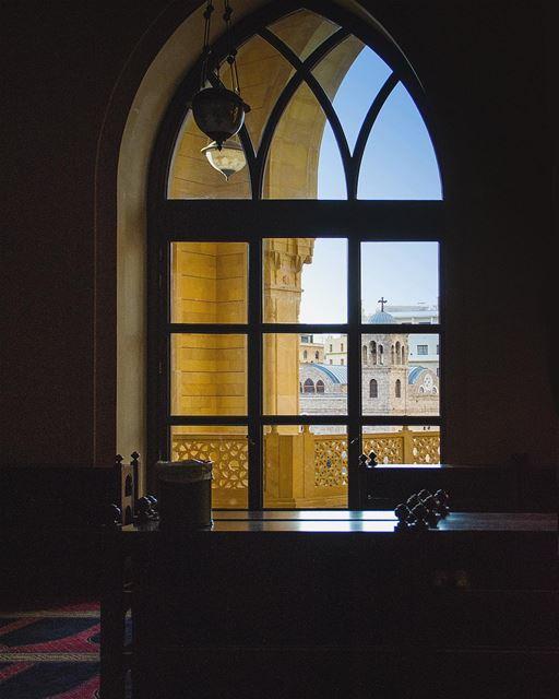 | B e i r u t | mosque mohamadalaminmosque saintgeorgecathedral ... (Mohammad Al-Amin Mosque)