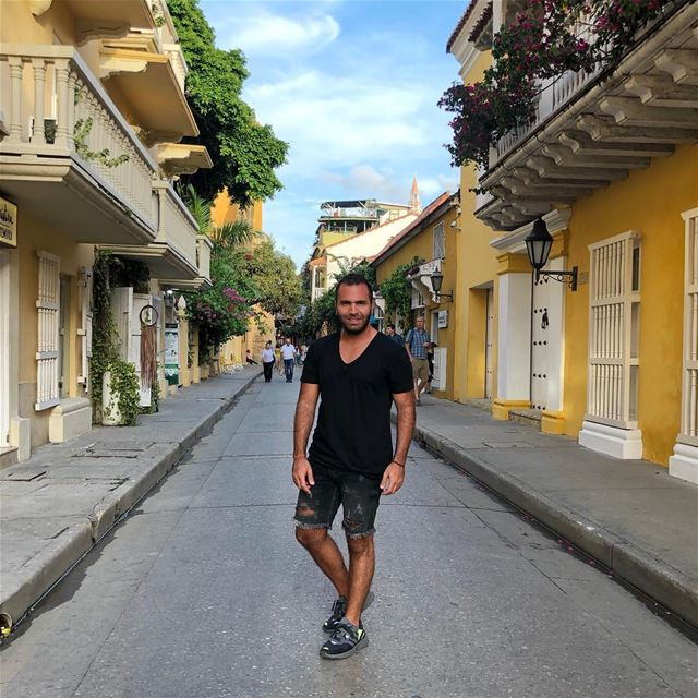 Colombian City Vibes! 🇨🇴 cartagena colombia colombian oldcity ... (Cartagena, Colombia)