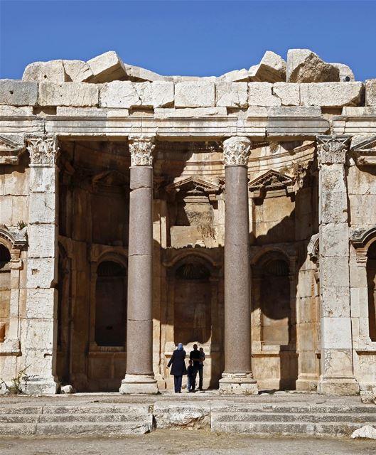 Conhecida como Heliópolis durante o período do domínio romano, Baalbeck... (Baalbeck, Béqaa, Lebanon)