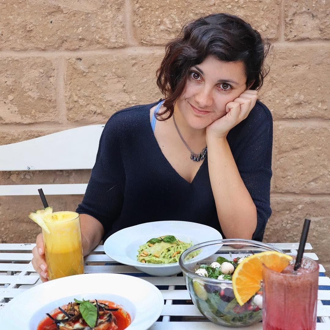 Happy Sunday! 🍝🥗🍹 TheUrbanPotato... beirut lebanon lunch dinner... (Home Sweet Home, Mar)