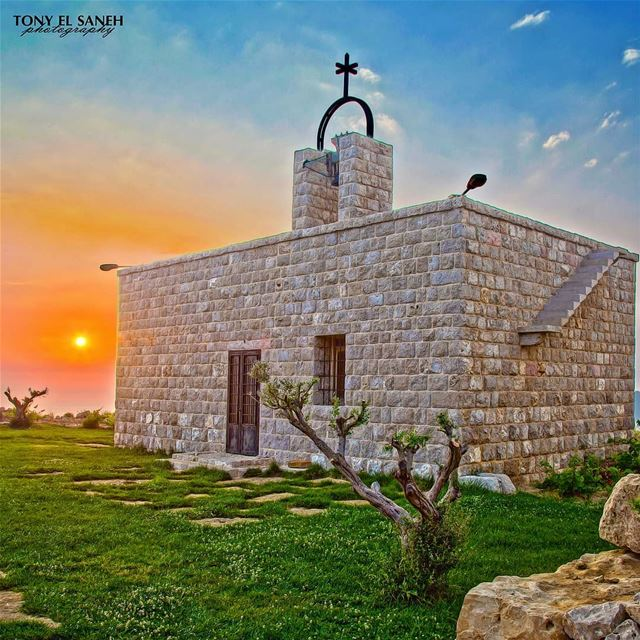 2015 lebanon🇱🇧 sunday church nature autumn beautiful sunset ... (Mayruba, Mont-Liban, Lebanon)