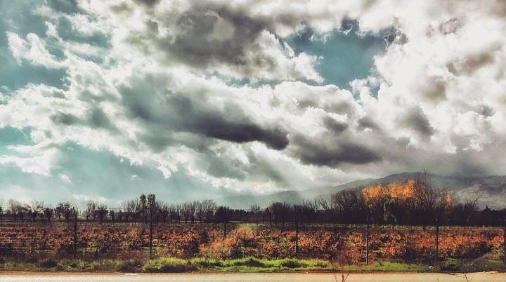 🕊......... lebanon lebanontimes foodie clouds ... (Deïr Taanâyel, Béqaa, Lebanon)