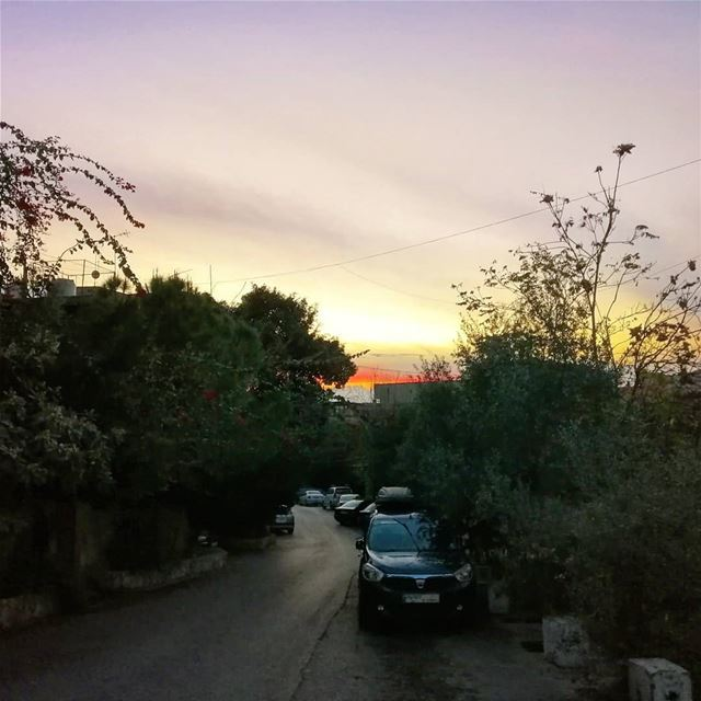 Sunset view from hazmieh💛______________________________ sunday sunset... (Hazmie, Mont-Liban, Lebanon)