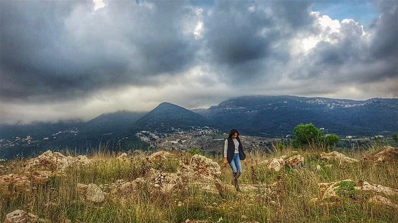☁️⛰☁️......... lebanon lebanon_hdr miziara zgharta ... (Miziâra, Liban-Nord, Lebanon)