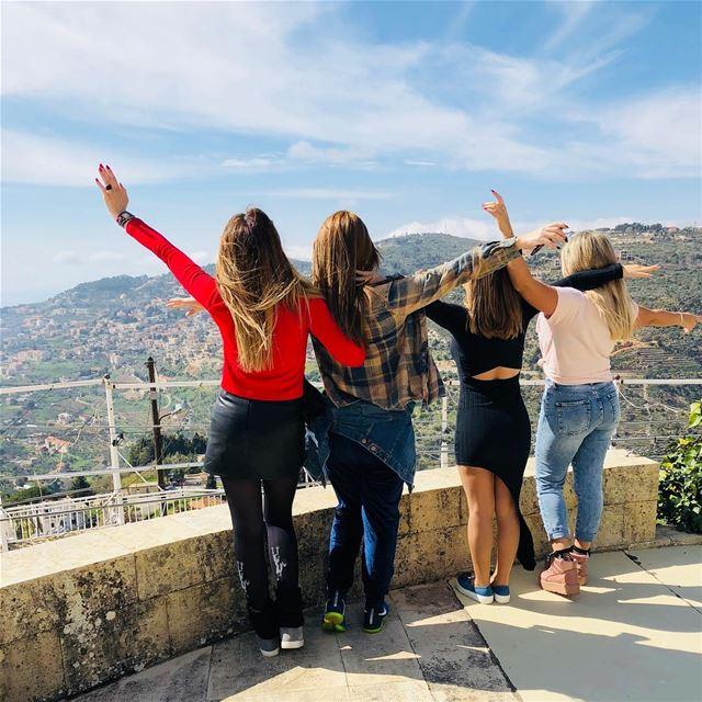 you belong somewhere you feel free... goodmorninglebanon goodmorningworld... (Dayr Al Qamar, Mont-Liban, Lebanon)