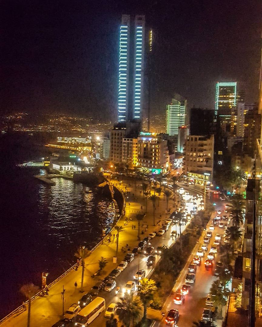 lebanon beirut rooftop nightlife nightshoot nightlights nightphotography... (Beirut, Lebanon)