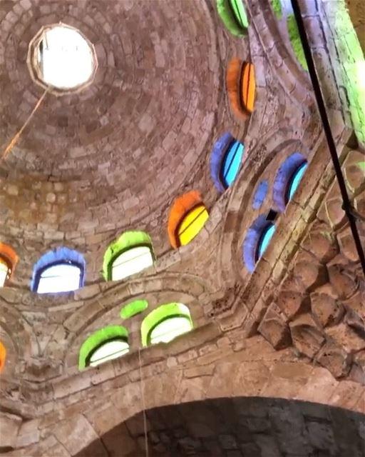 🇱🇧🇧🇷 Vamos explorar uma das mesquitas mais antigas de Trípoli? Dê uma...