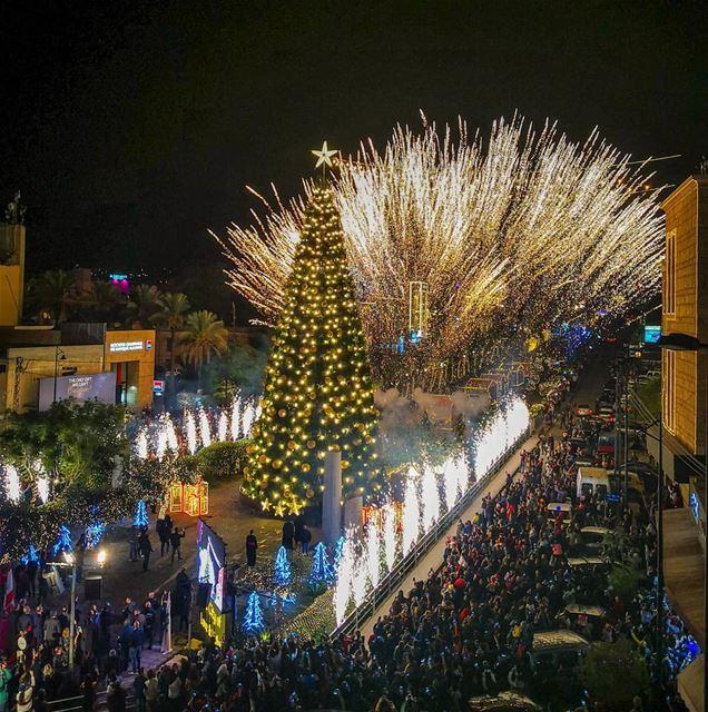 ============================== lebanon Byblos christmastree... (Byblos - Jbeil)
